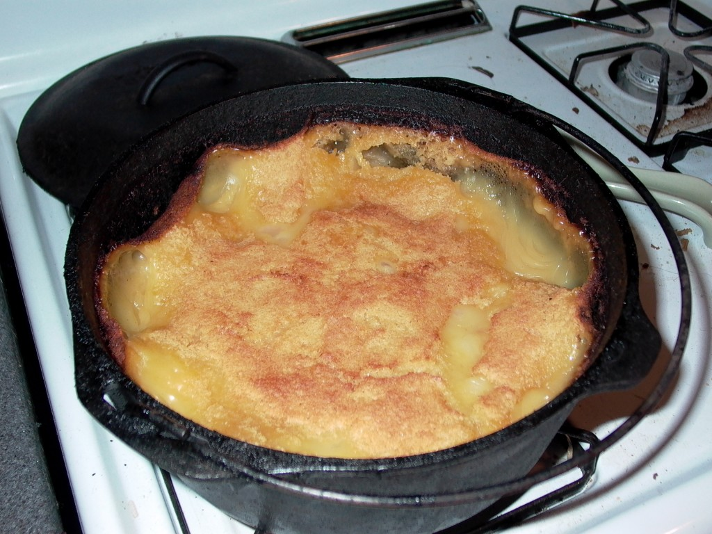 a 5 liter dutch oven full of cobbler